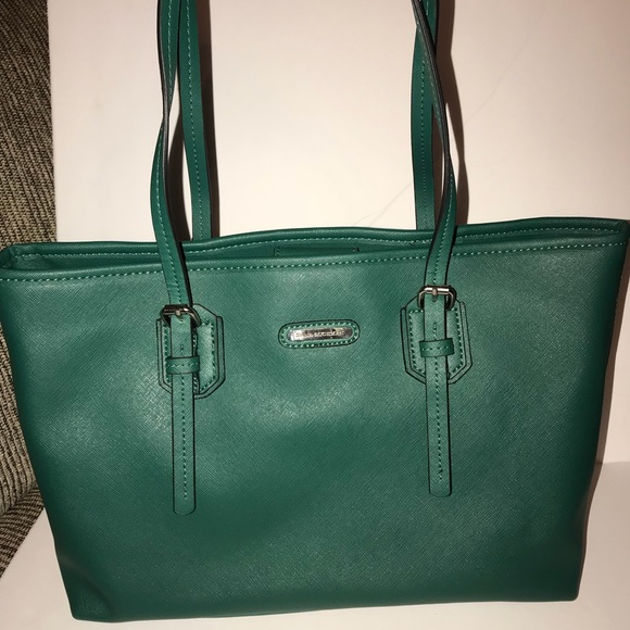 Dana Buchman Handbags - Final Sale💫 Beautiful  New Green Tote Handbag